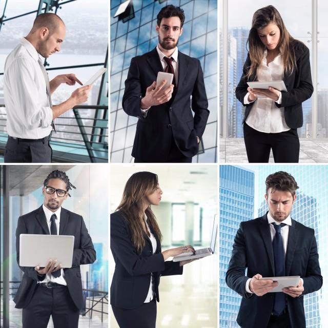 ビジネスパーソンとパソコン