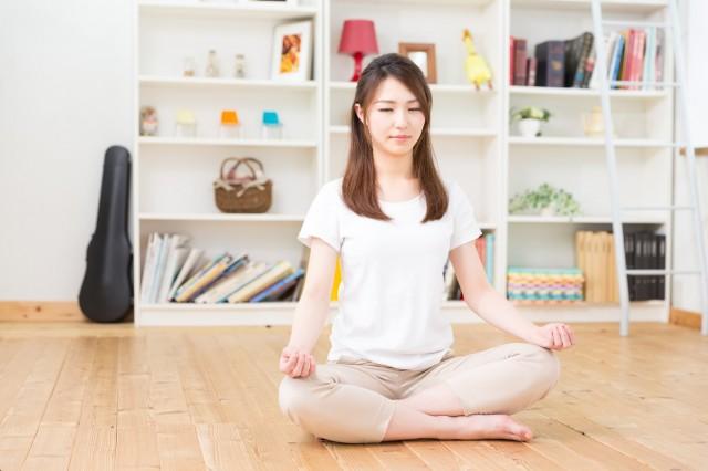 ヨガで瞑想