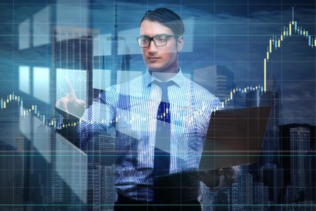 ETFも株式も値動きが頻繁に変動しているイメージ