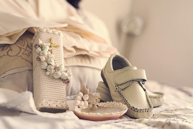 白い靴と小物