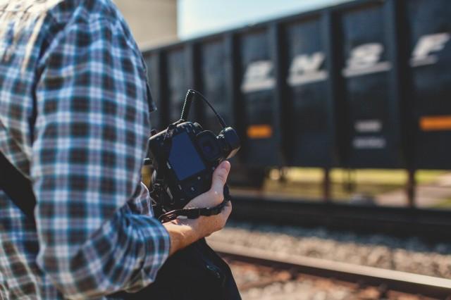 「鉄コン」が旅行好きや鉄道好きに人気