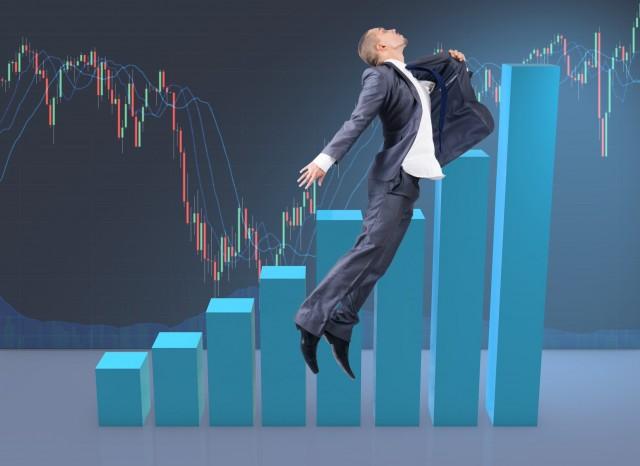 消費者金融のおまとめローンは金利が高い